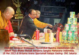 Waisak 2557 bersama Sangha Mahayana Indonesia