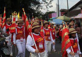 Prosesi Mendut - Borobudur dalam Rangkaian Peringatan Waisak 2558 BE