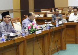 Rapat Dengar Pendapat dengan Komisi VIII tentang Pembahasan laporan keuangan Pemerintah Pusat tahun 2013 dan pembahasan RKA-KL 2015