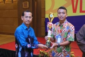 Malam Vlog Award, Supriyadi Ajak Mahasiswa MeLEK