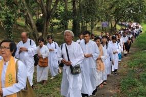 Perayaaan Waisak Bukit Siguntang Makin Dipadati Umat Buddha